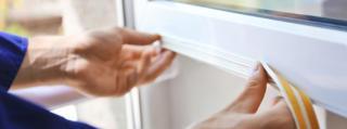 Przygotuj się na zimno i deszcz – zabezpiecz dom uszczelkami do drzwi i okien Steigner